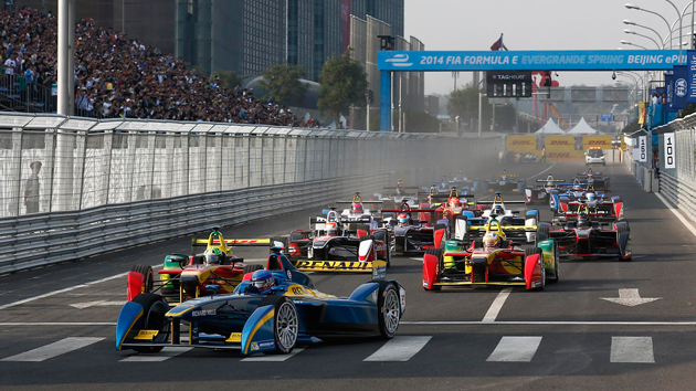 Formula E's first race ends in spectacular fashion