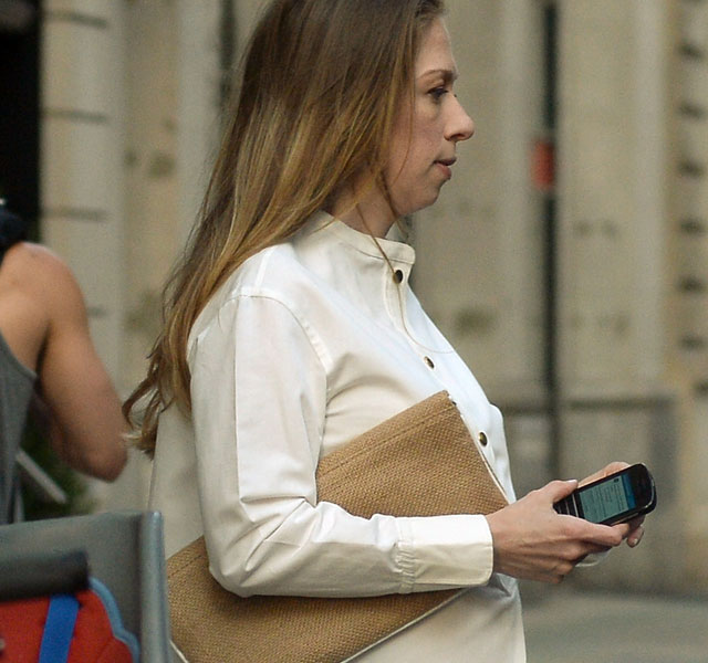 Pregnant Chelsea Clinton: Former First Daughter expecting first baby