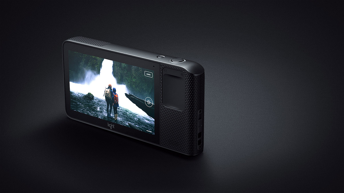 Light's L16 camera challenges DSLRs with 16 lenses in one package