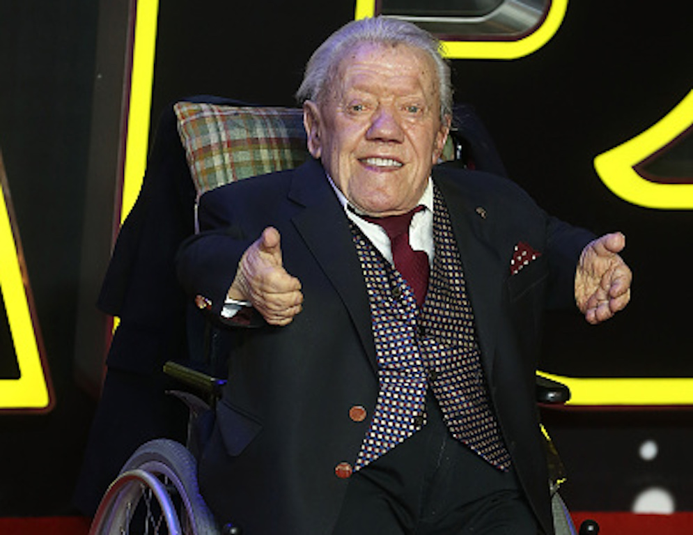 """LONDON, ENGLAND - DECEMBER 16:  Kenny Baker attends the European Premiere of """"Star Wars"""" The Force Awakens at Leicester Square on December 16, 2015 in London, England.  (Photo by Fred Duval/FilmMagic)"""