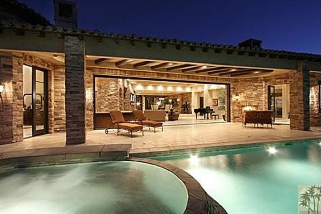 kyle richards pool patio