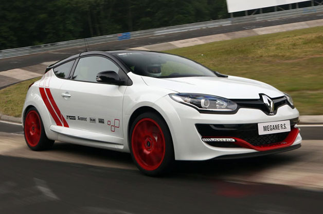 renault sets 39 ring record with new m gane rs 275 trophy r w video. Black Bedroom Furniture Sets. Home Design Ideas