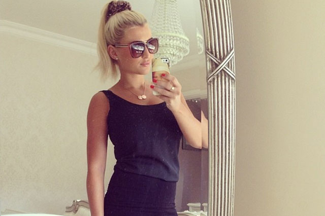 Billie Faiers back at work just 19 days after giving birth