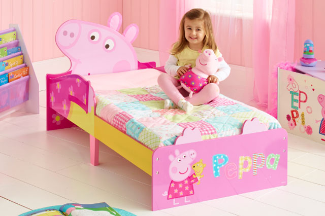 WIN a Peppa Pig toddler bedtime sleep kit worth £180 with World's Apart!