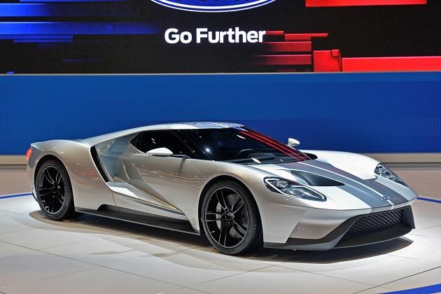 新型「フォードGT」は、量産カーボンファイバー製ホイールを採用?