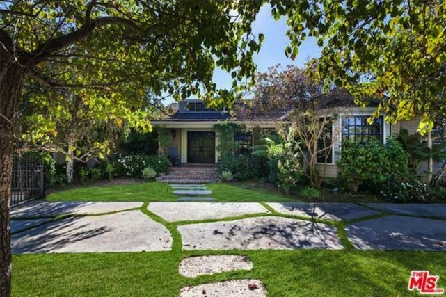 stephen collins' brentwood house