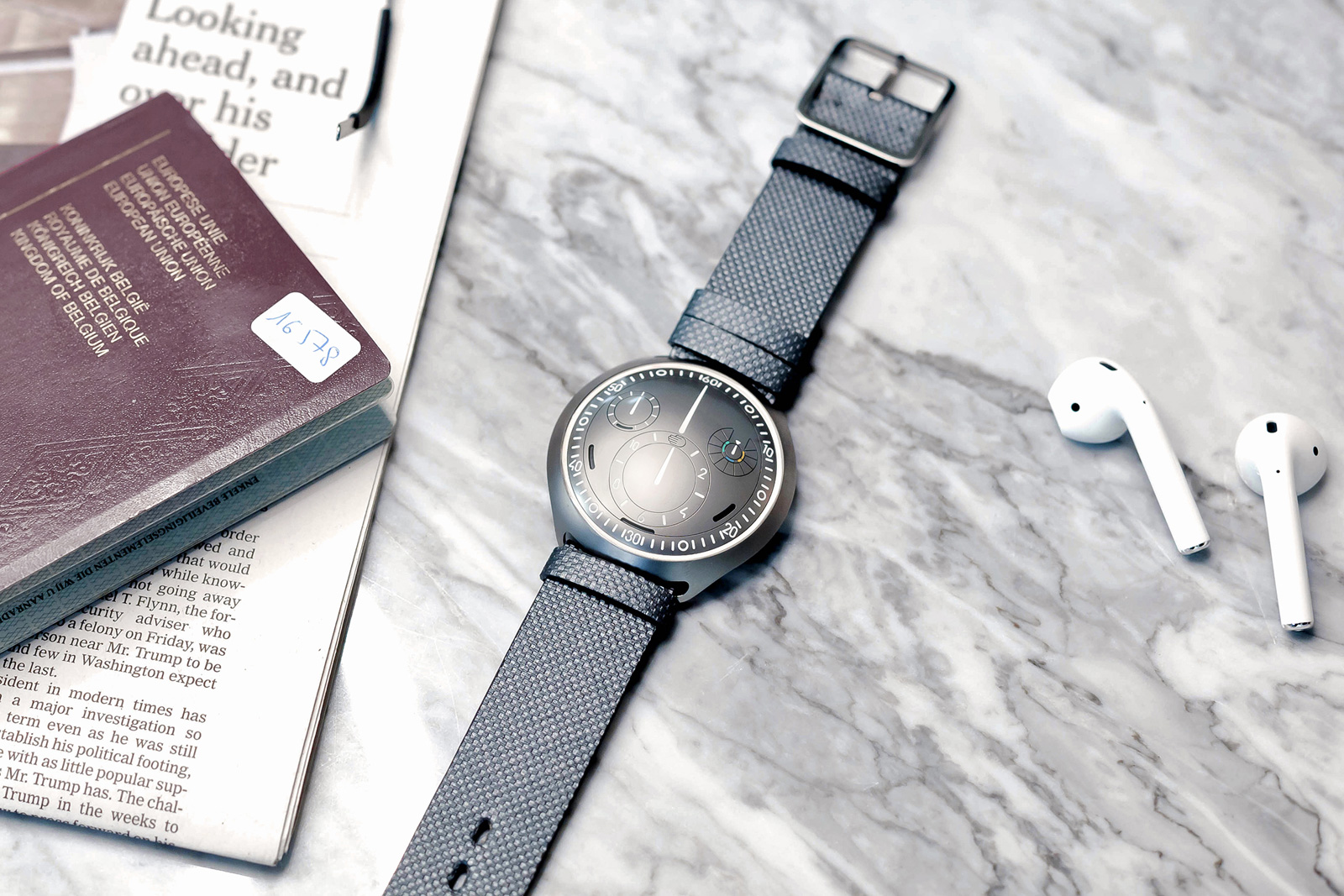 photo image Ressence made a mechanical watch that pairs with your smartphone
