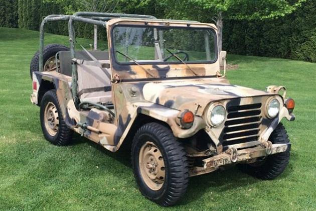 フォードのビンテージ軍用車両「M151A2」が、オンライン掲示板で売り出し中!