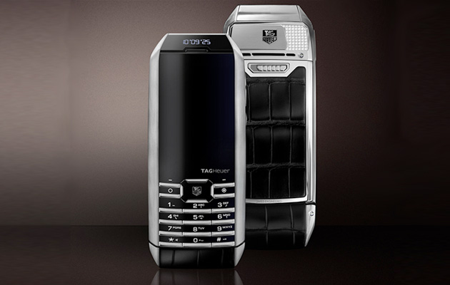 TAG Heuer launches luxury phone with 'perpetual power reserve'