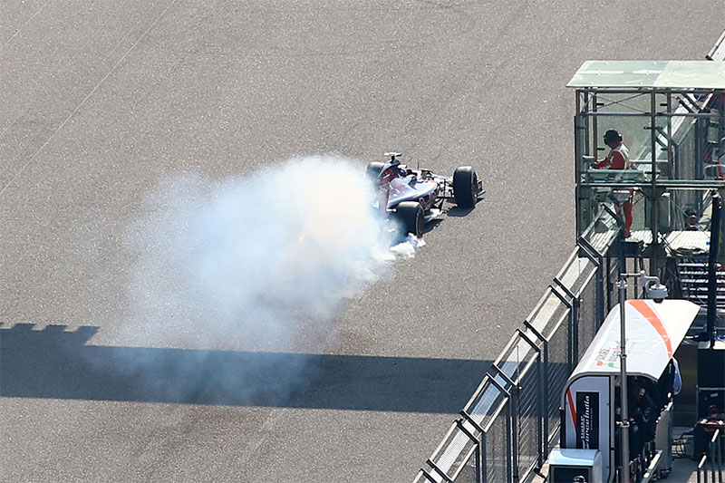 Max Verstappen's engine blows during the 2015 Chinese F1 Grand Prix.