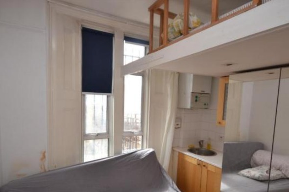 Tiny London flat to let at £780 a month