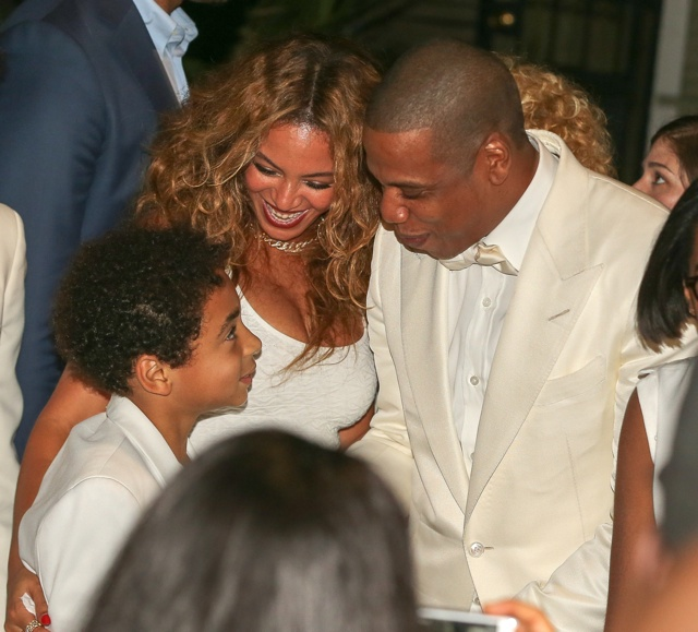 Beyonce and Jay-Z look happier than ever at Solange's wedding
