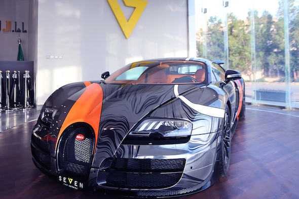 amazing wrapped bugatti goes on sale in saudi arabia aol uk cars. Black Bedroom Furniture Sets. Home Design Ideas