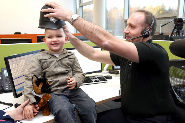 Toddler's remarkable 999 call saves mum after she collapsed