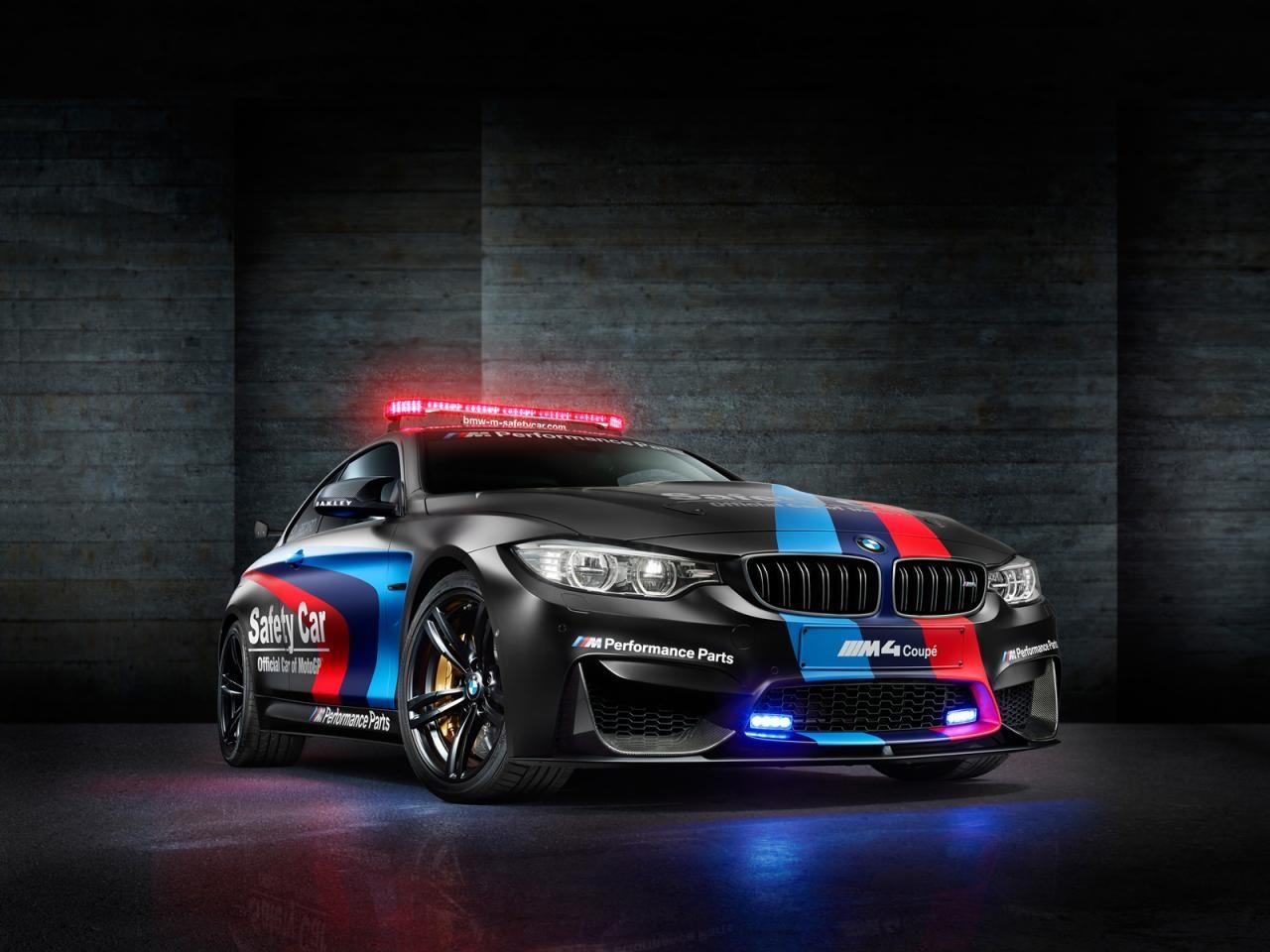 Premiere:  BMW M4 MotoGP Safety Car mit Wassereinspritzung!