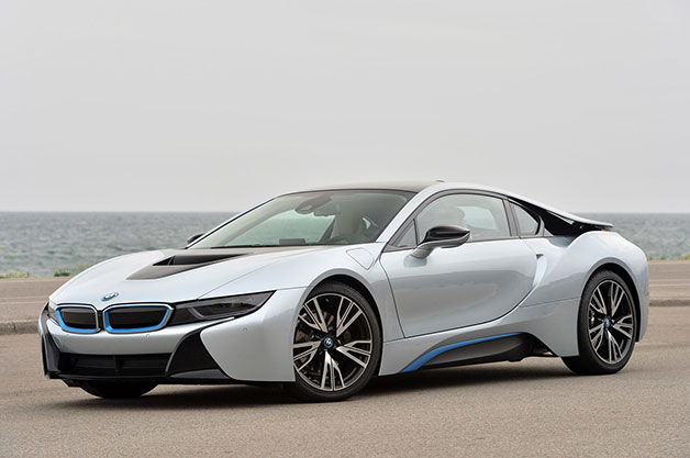 BMW i8, front three-quarter view.