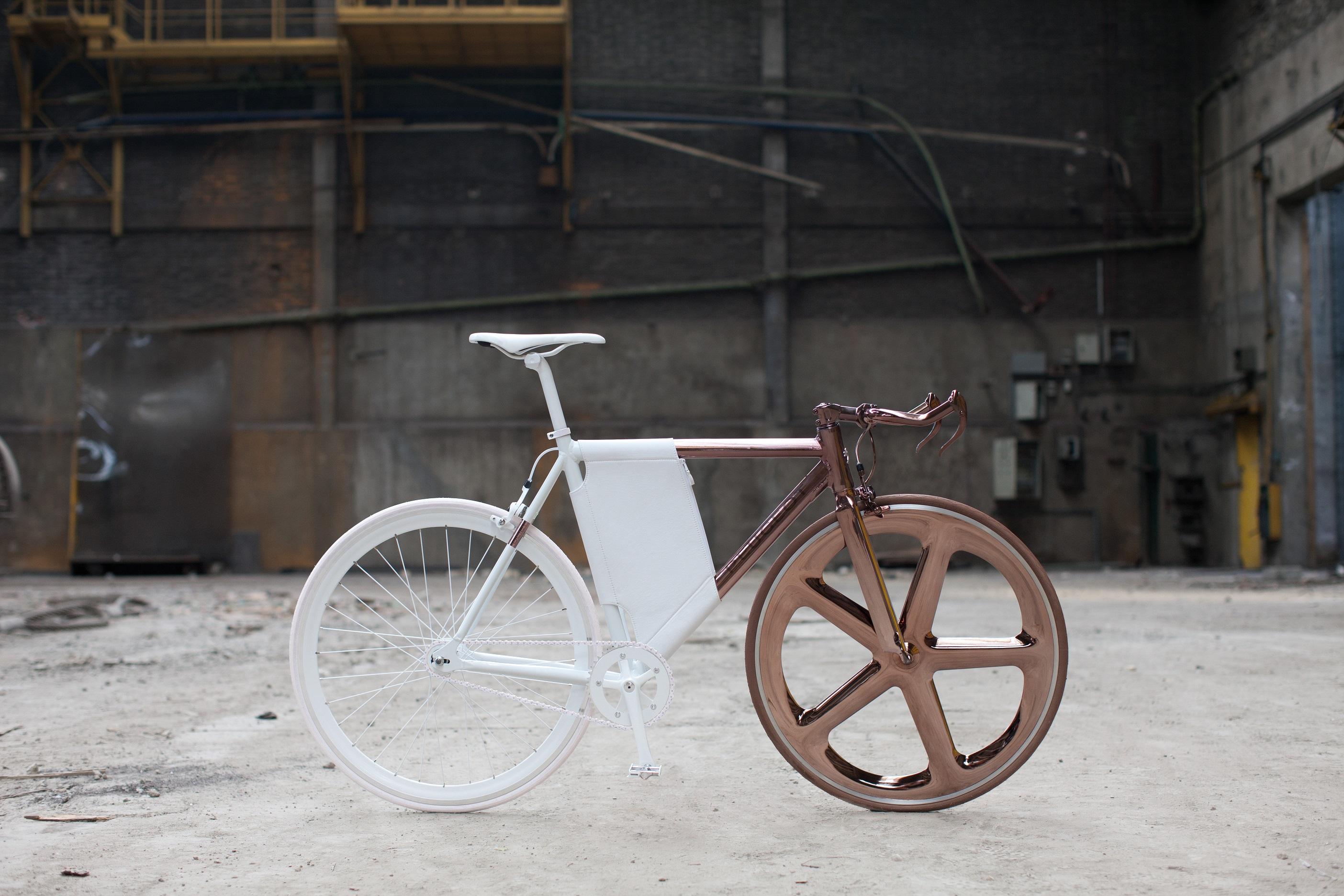 Esta exquisita bicicleta DL121 ha sido fabricada por Peugeot y solo se adquiere bajo encargo