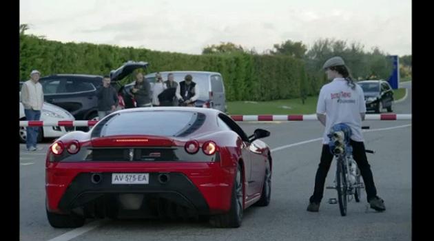 【ビデオ】フェラーリを置き去り! ロケットエンジン搭載自転車が時速333kmをマーク!