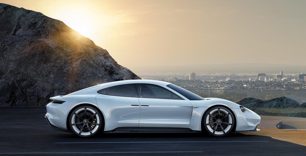 Así son los cargadores eléctricos de alta velocidad de Porsche
