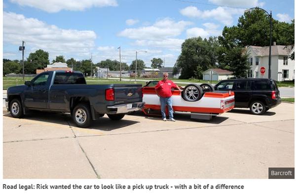 上下逆さまの車を実現させた男性が話題に 「皆、振り返って見てくんだ(笑)」