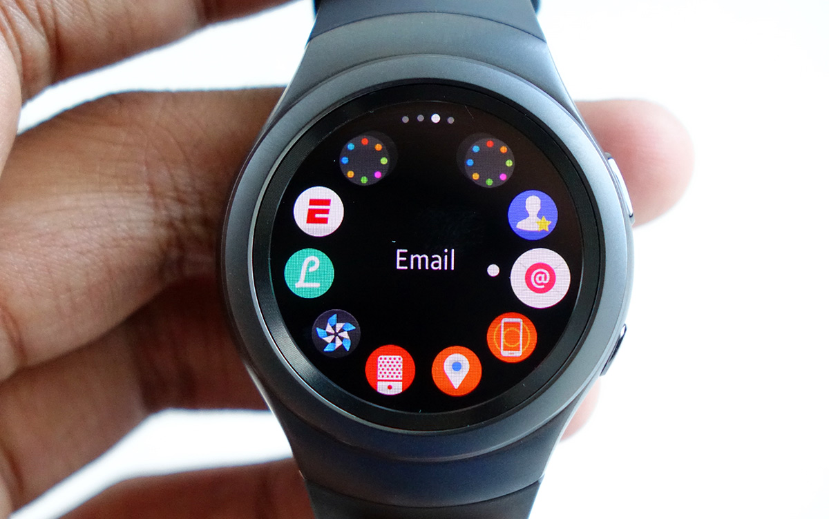 samsung finally has an elegant smartwatch in the gear s2. Black Bedroom Furniture Sets. Home Design Ideas