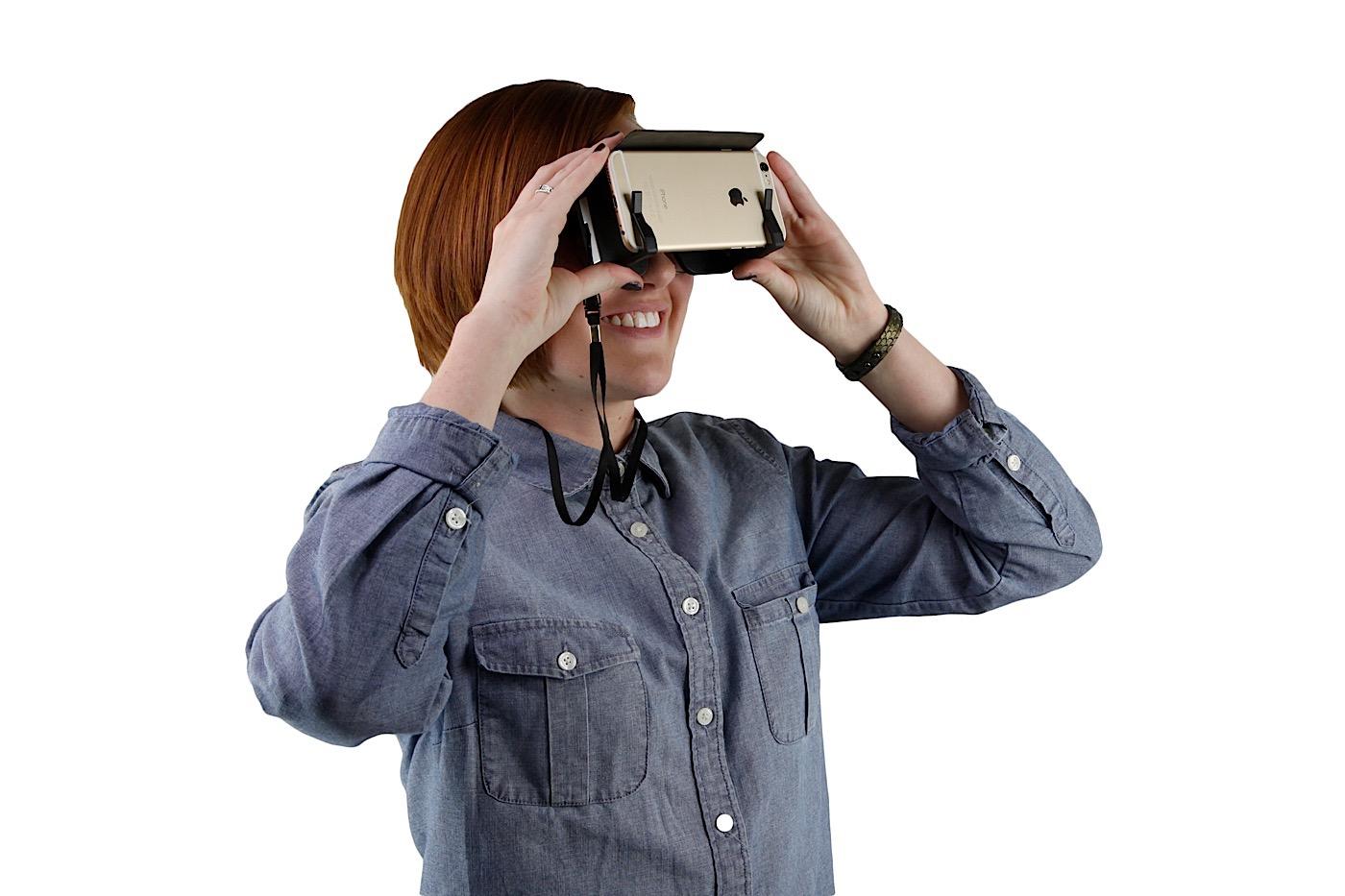Dodocase's SmartVR is a pocket-sized Cardboard alternative
