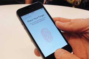 Judge orders woman to unlock iPhone with her fingerprint