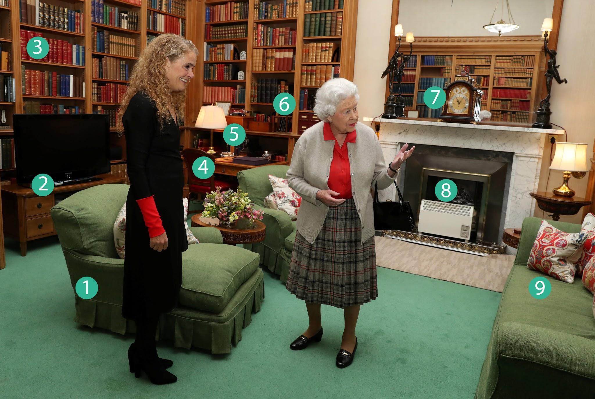 Nello studio della regina il tempo si quasi fermato for Sedia elettrica esecuzione reale