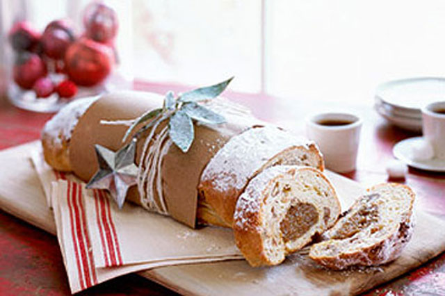 white chocolate and apricot stollen recipe