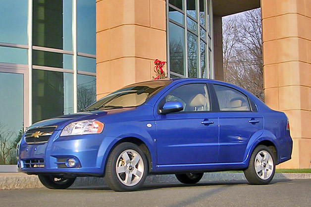 rss gm recalls 218 000 chevy aveo models over fire prone. Black Bedroom Furniture Sets. Home Design Ideas
