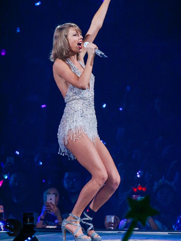 Taylor Swift ankle