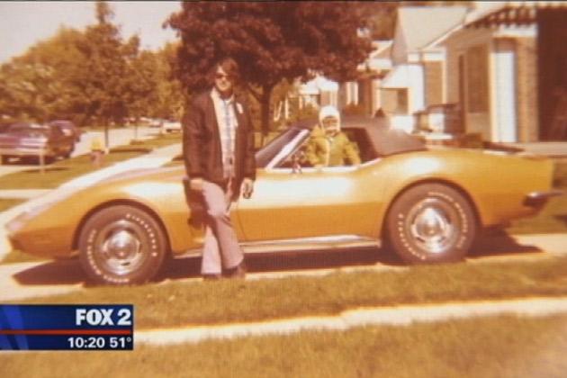 【ビデオ】亡き父の古い愛車「コルベット」を購入して