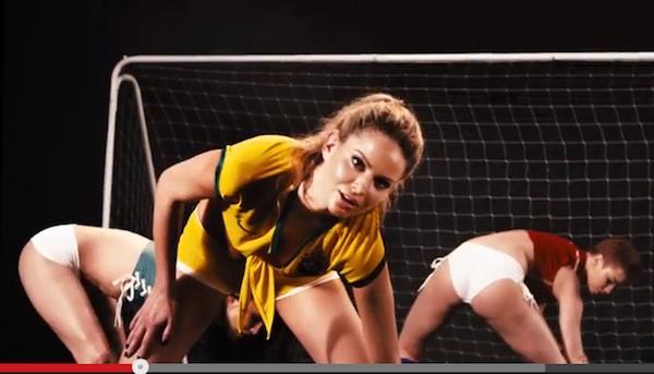 セクシーすぎるワールドカップも開幕!サッカー経験のあるプレイメイトが大集合
