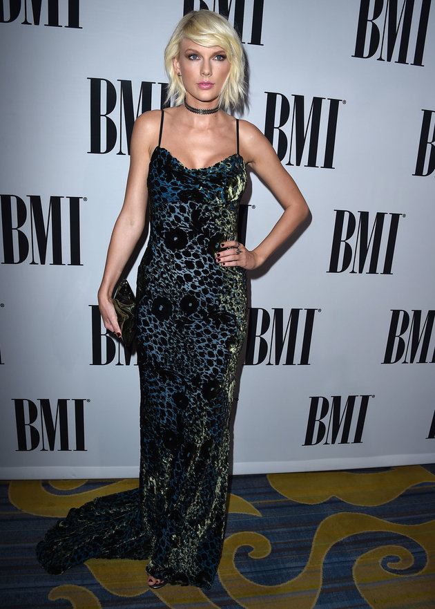BEVERLY HILLS, CA - MAY 10:  Taylor Swift arrives at the 64th Annual BMI Pop Awards at the Beverly Wilshire Four Seasons Hotel on May 10, 2016 in Beverly Hills, California.  (Photo by Steve Granitz/WireImage)