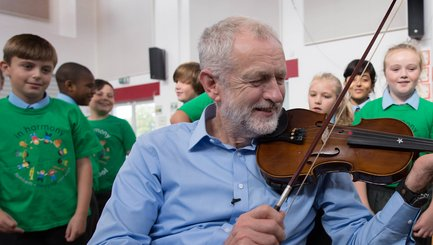 Jeremy Corbyn caught on the fiddle!