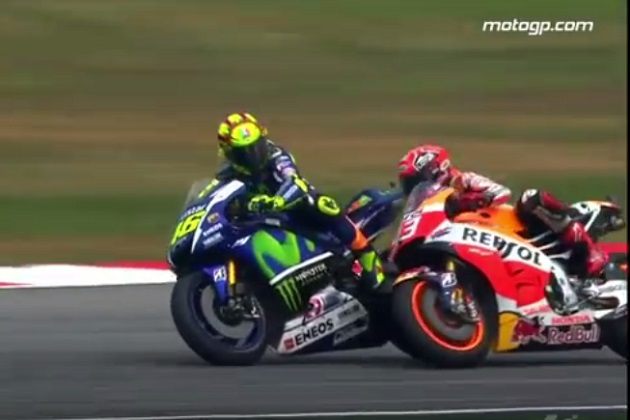 【MotoGP】ロッシ、マルケスとの接触でペナルティ 最終戦は最後尾からのスタートに