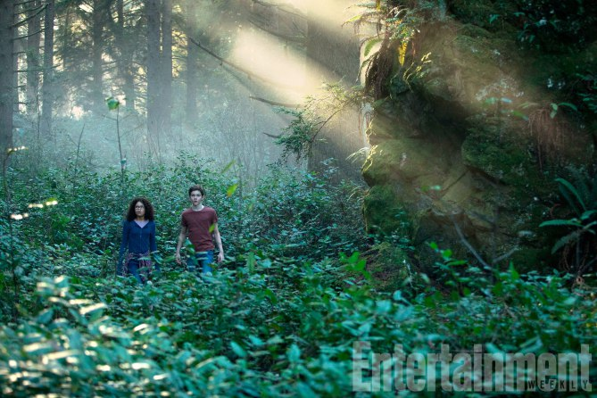 A Wrinkle in Time Meg Murry (Storm Reid) and Calvin O'Keefe (Levi Miller)