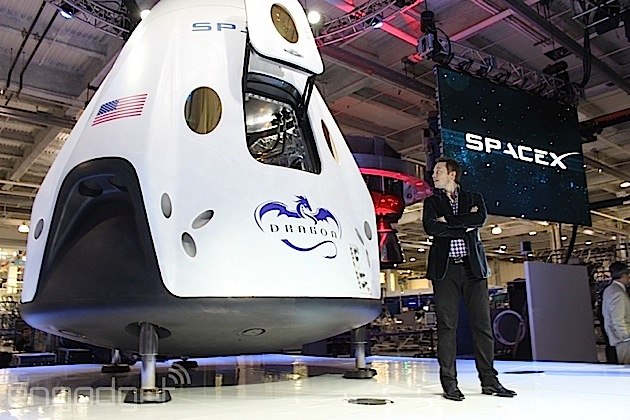 Meet NASA's commercial space capsule contenders