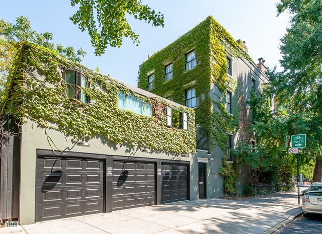 exterior michelle williams townhome