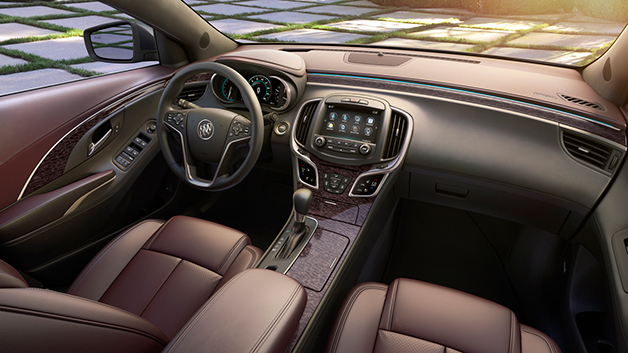 Buick LaCrosse Ultra Luxury Interior.