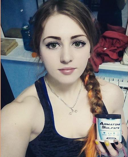 ロシアの美人すぎるパワーリフティング選手(18歳)が話題 「マッスル・バービーと呼んで」