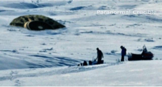 カナダの豪雪地帯にUFOが不時着?目撃情報が相次ぎ、ネット上でも大騒ぎに