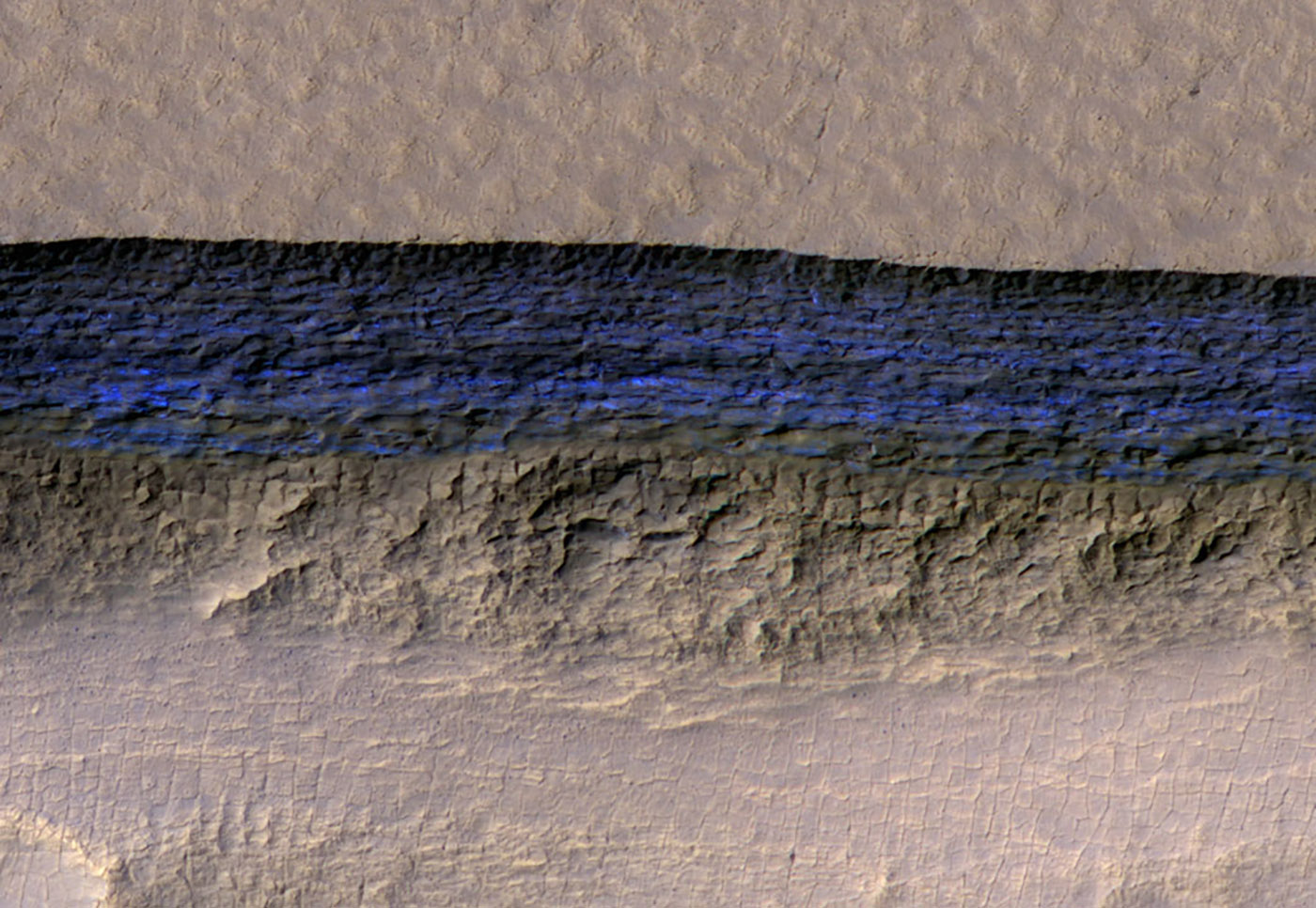photo image NASA finds easy-to-access water all over Mars