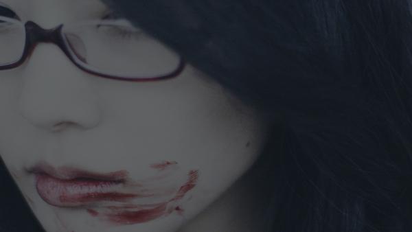 【衝撃動画】amazarashiの新作PV、生肉でつづった歌詞を貪る衝撃映像が公開に