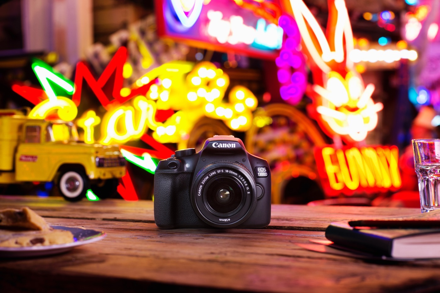 Canon EOS 1300D: Una réflex de 380 euros