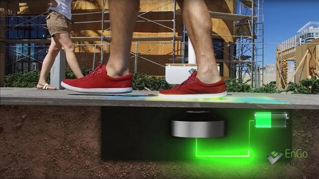米国ラスベガス市、歩行者の運動エネルギーで発電する街灯の設置を計画
