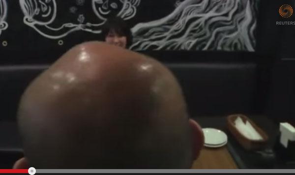 赤坂で大人気の「ハゲが割引になる居酒屋」 海外でも話題沸騰中!