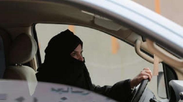 サウジアラビアの王子、「女性もクルマの運転をする時期がきた」と発言