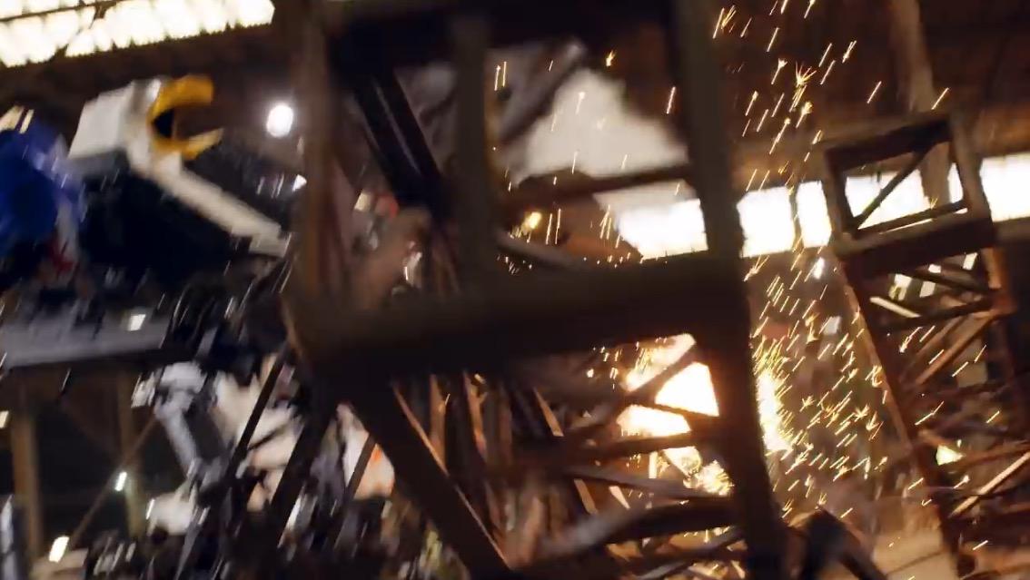 EaglePrime vs Kuratas: Riesenroboter-Duell war Fake