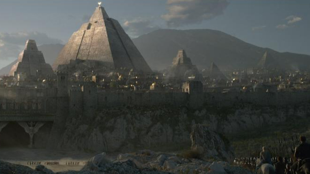 The digitally created city of Meereen in 'Game of Thrones'